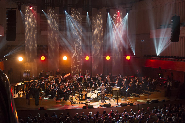 Lucerne Concert Band, Galakonzert 2018 mit Sabrina Auer, Henrik Belden und Johnny Burn. Leitung: Gian Walker, Moderation: Damian BetschartLuzern, den 29.04.2018Fotos: Priska Ketterer